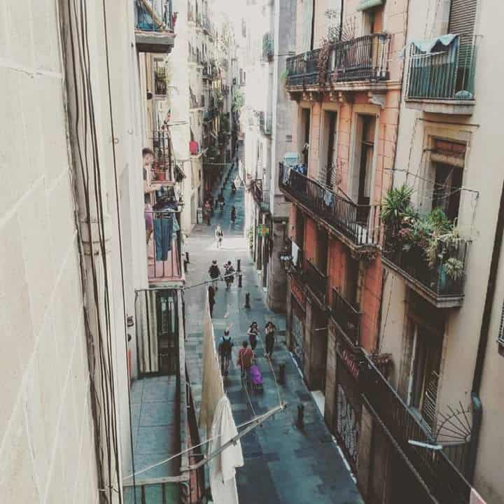 airbnb in barcelona